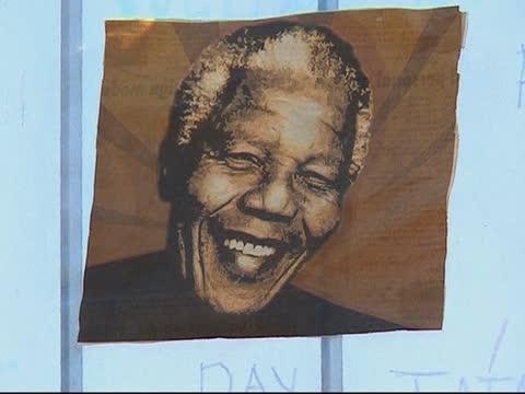 曼德拉病危 南非民众不舍惜别