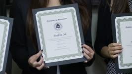南加华裔家长教师协会颁发奖学金